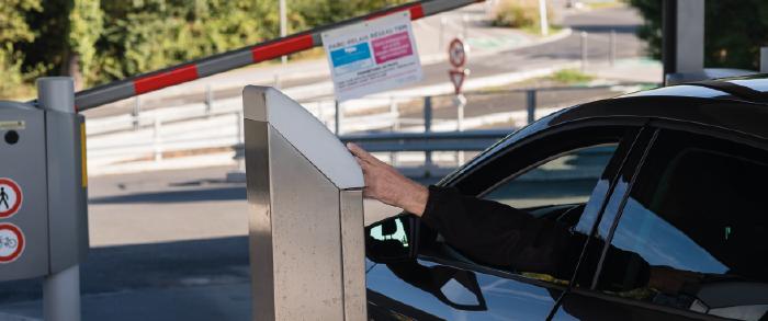 rechargez votre voiture lectrique dans un parc relais tbm transports bordeaux m tropole. Black Bedroom Furniture Sets. Home Design Ideas